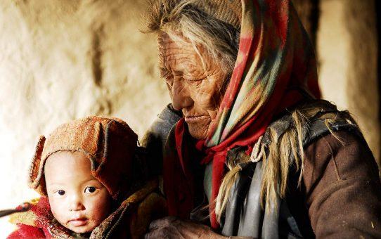 himalaya-land-of-women2