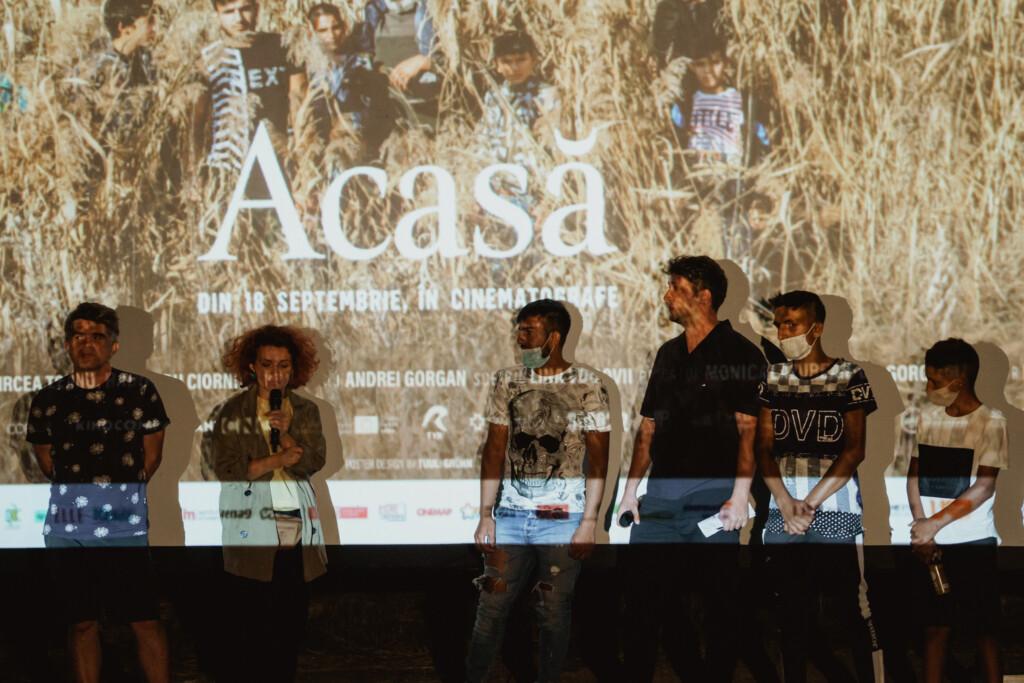 Acasă_f